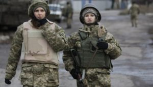 Набув чинності закон про рівні права жінок і чоловіків в армії
