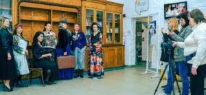 Феміністична фотосесія у Музеї жіночої та гендерної історії